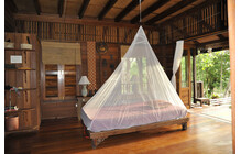 Cocoon Insect Shield Mosquito Travel Net Single white